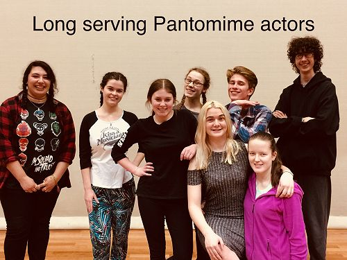 An accumulated 30 years experience of 'Christmas Pantomimes'.  It is wonderful to have these loyal  students and two ex-students join us again for the 2017 Summer season.