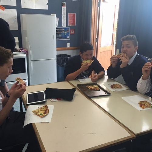 9SPO enjoying pizza