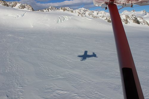 Coming in to land on the Franz Josef Glacier!