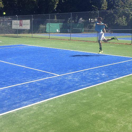Carlos Reid in action at STAC. Top men's singles.