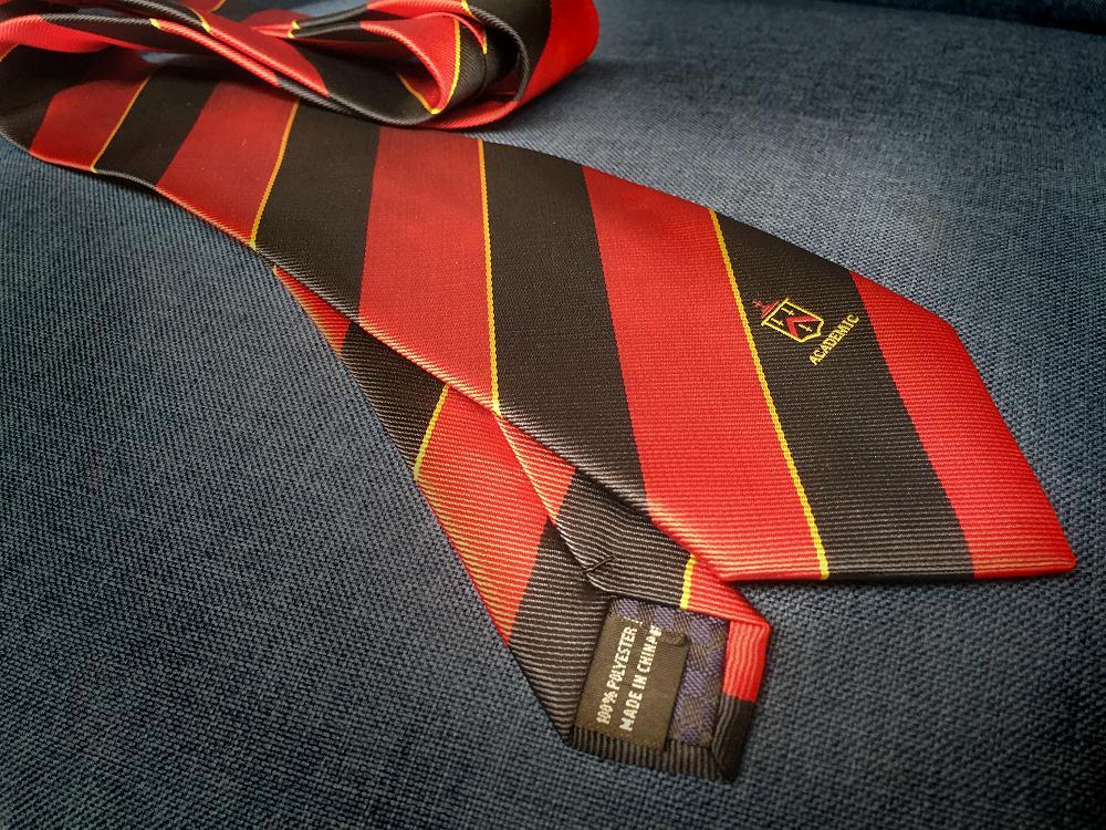 Scholars Tie