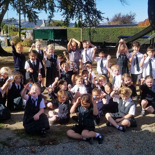 The year 4 and year 1/2 class with their eggs