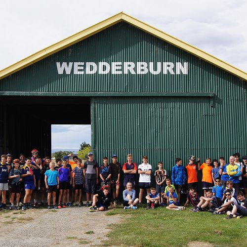 9JCU and 9RRA at the iconic Wedderburn shed