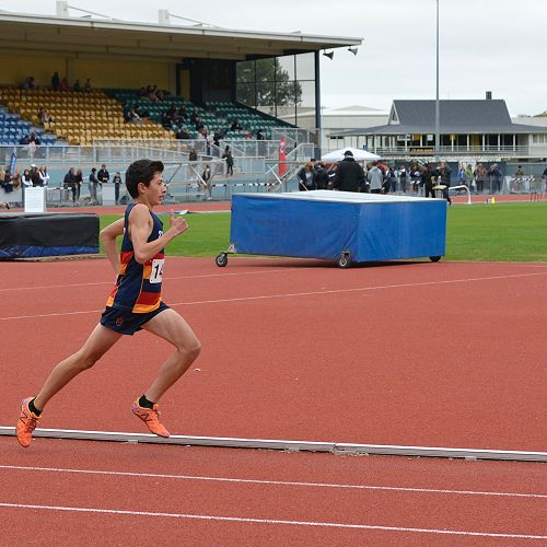 Josh Hou smashes the 3000m record in the Otago Secondary Schools Athletic Championships setting a new record of 9mins 42.30secs