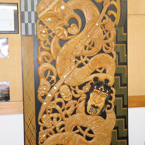 Carving by Rangihau Te Moana & Hagley College Students
