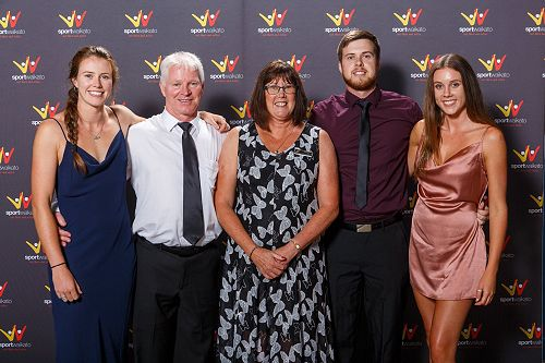 Celebrating his win with his family, (l-r) Shaunna, Mike, Robyn, Matthew and Kayla.