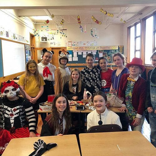 The girls enjoying a shared afternoon tea during the last session, where everyone was encouraged to bring a delectable snack from a culture of their choice and present on their findings.