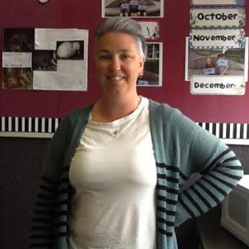 Helen Davanney one of our legendary Teacher Aids.