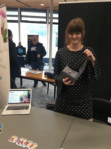 Runaway Play's Caroline showing off Flutter VR, th