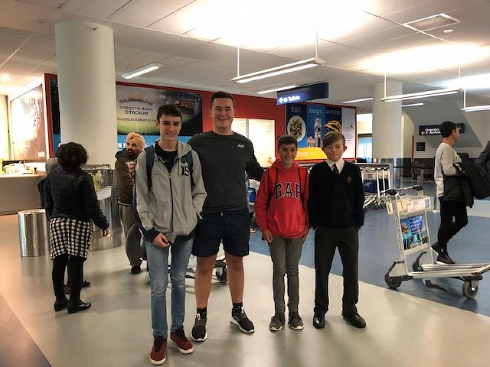 Spanish exchange students arrive in Dunedin