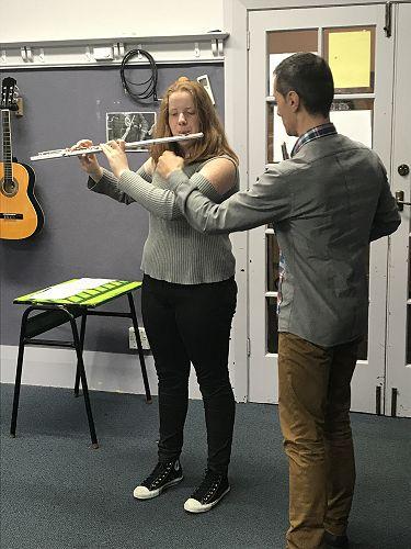 Luca Manghi teaches Michaela Jensen how to breathe