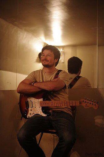 Che Long - Guitar Tutor