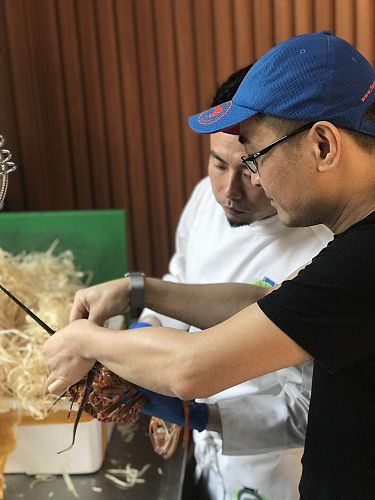Chef Li and Joe Zhong