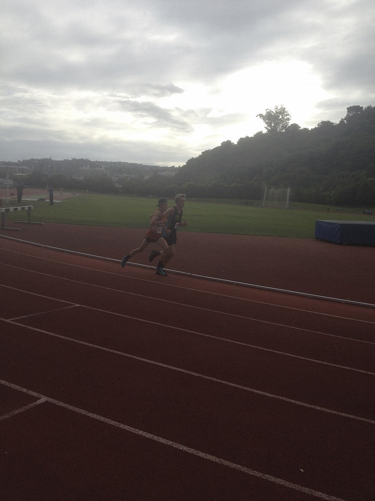 Oliver Chignell on his way to setting a new 1500m record