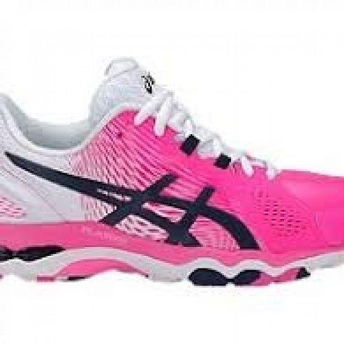 Netball shoe