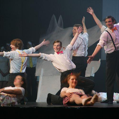 Stage Challenge dancers
