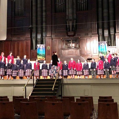 Video: Kavanagh Choir sing The Road Home - Big Sing 2017