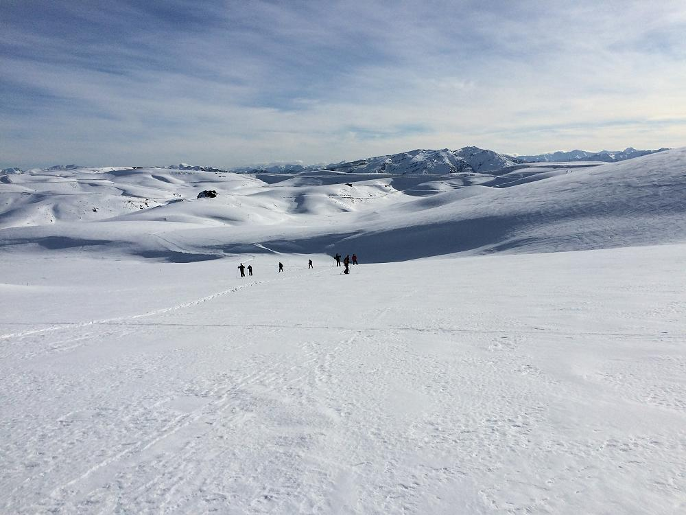 Year 13 PE - Snow Caving Camp, Pisa Range