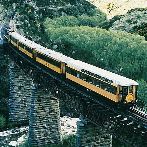 Taieri Gorge train crossing Lee Stream.