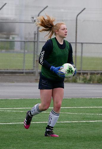Antonina Maciaczyk saves a goal