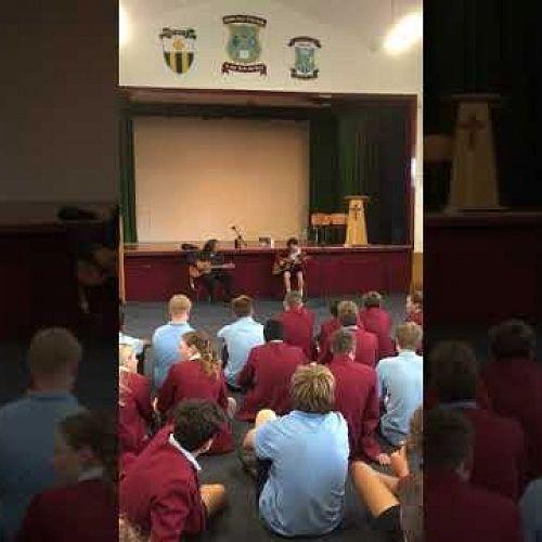 Video: Nick Goodwin and Steve Apirana enjoying a jam session