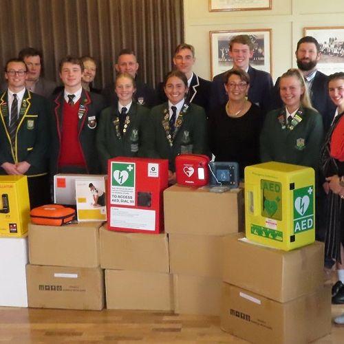 Balmacewen Lions Club presentation of AED units