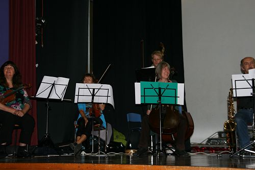 Itinerant music concert