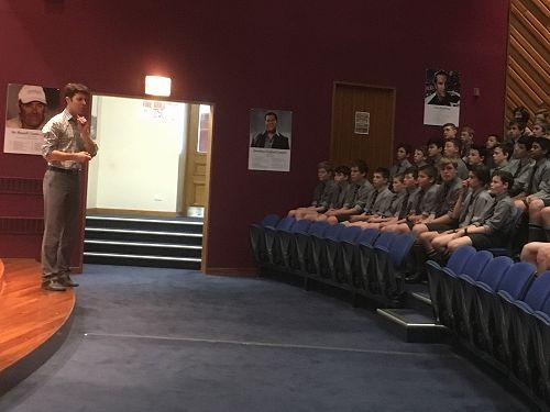 Mr Reussenzehn addresses Junior Assembly
