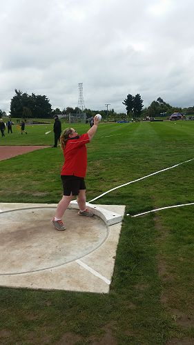 Megan Isherwood at the SISS Athletics
