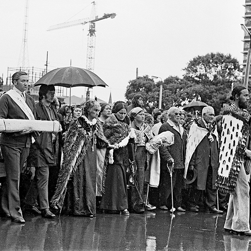 Whina Cooper and the 1975 Land March to Parliament
