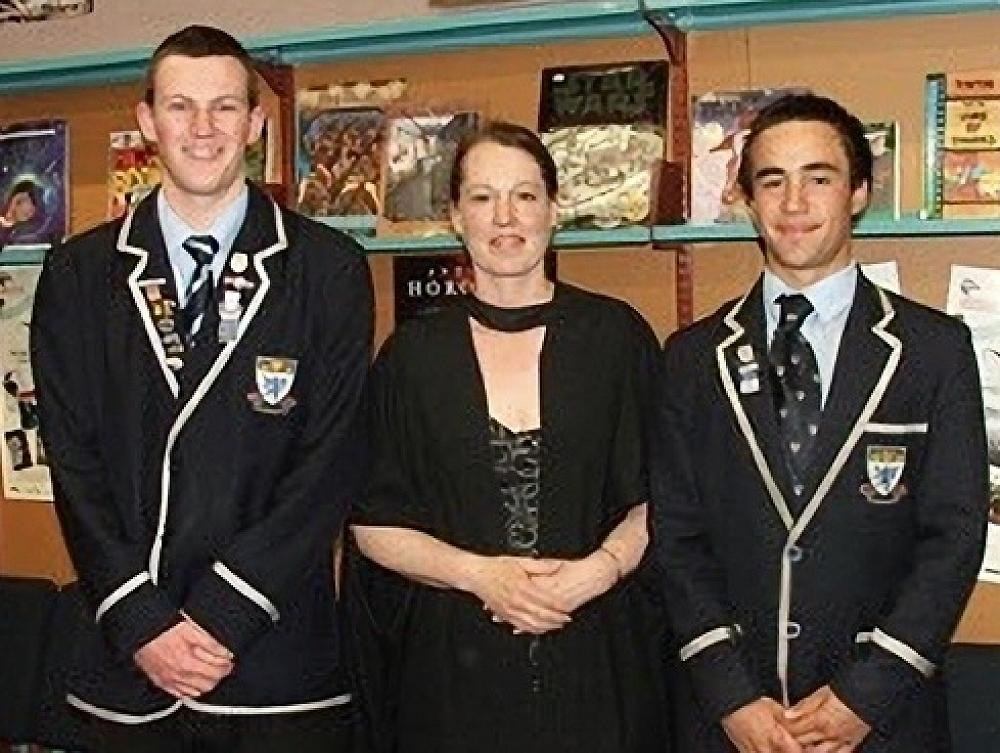 Vicki Jopson with two King's prizewinners
