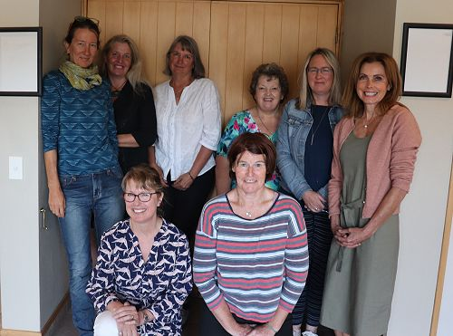 Central Otago Biography Team (Back L-R) Esther Water, Jan Hudson, Eva Gombos, Cathy Mann, Sharon Grant, Juliette Hicks, (front L-R) Sara Crawford, Jacqui Chittock.