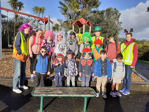 Kaurilands Walking School Bus dressed for the competition and won it!