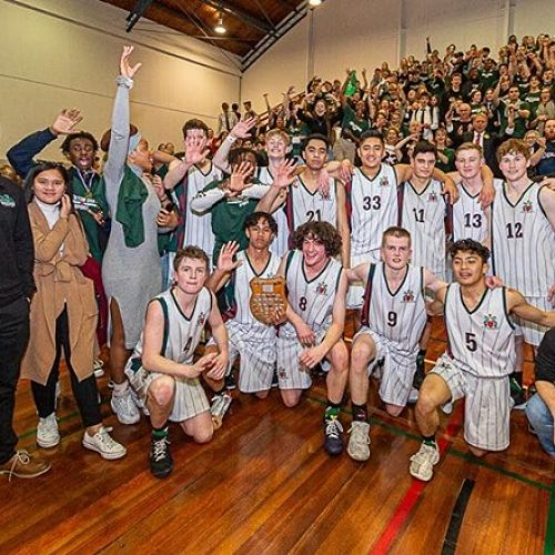 Senior Basketball Boys