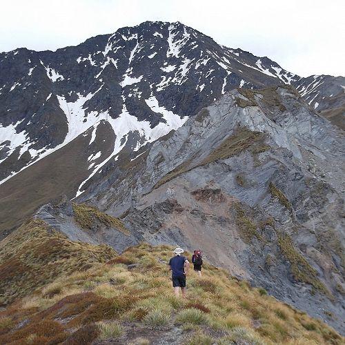 Along the ridge to Mt Aurum