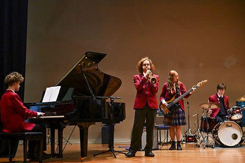 Kavanagh's Small Jazz Combo - Schrugnāh