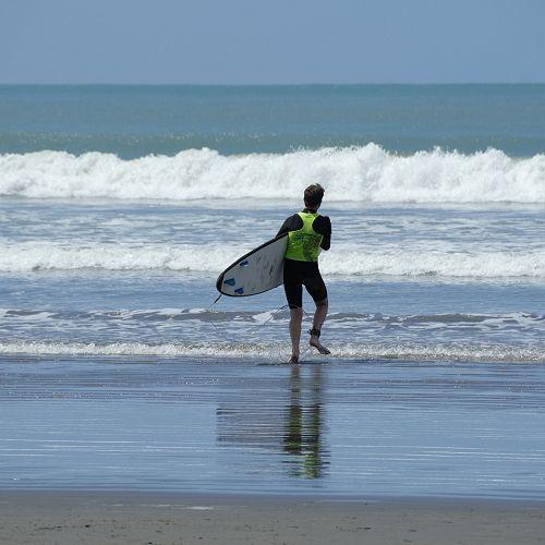 GOT DAY SURFING 2020