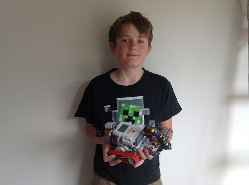 Jack from Room 1 created a Mindstorms Lego robot w