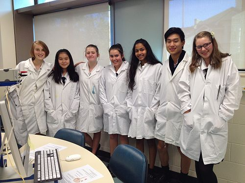 Students participated in a Neuroscience laboratory while at Otago University. Left – right: Becky Marshall, Erica Chung, Ashley Walsh, Melanie Aitken, Apoorva Patelkhana, Daniel Wei, Olivia Singleton.