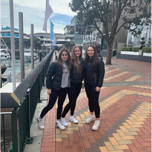 Dance students Auckland trip