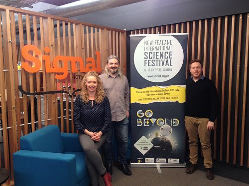 Dr Simon McCallum (c) curated the SIGNAL Dunedin V