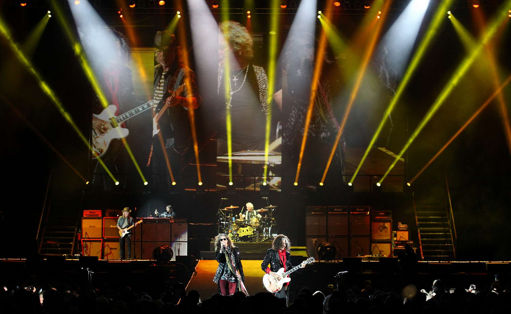 Aerosmith Rock the Stage