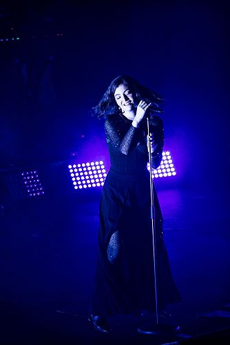 Lorde at the Dunedin Town Hall