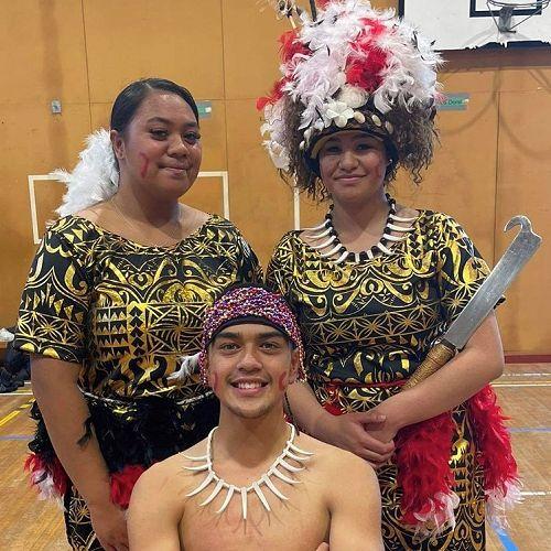 Matalasi Mailata Fili (Mairehau High School), Nafanua Ah-Loe andRaniera Babbington (below).