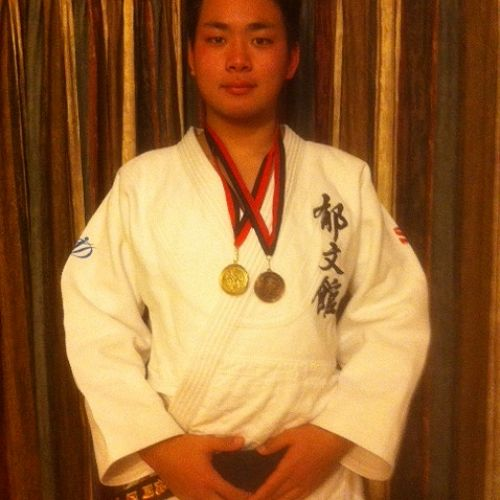 Sho Tokuoka with his medals.