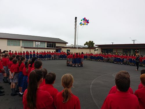 Chch assembly - outside releasing balloons