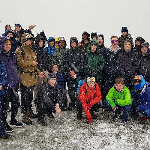 The Mighty Level 2 Geo boys conquer a South Island High Country Summit (well a viewpoint over the Tasman Glacier), but the weather was against us. We couldn't actually see the glacier either