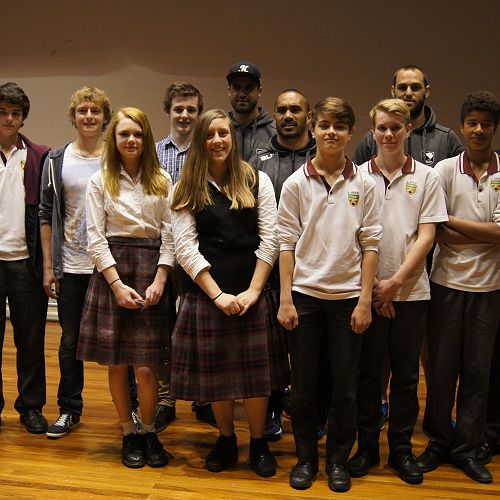 Students meet professional rugby league players