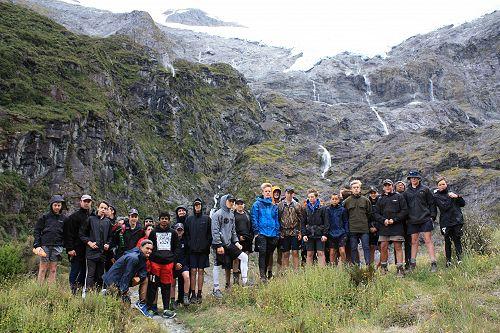 10G at the Rob Roy glacier