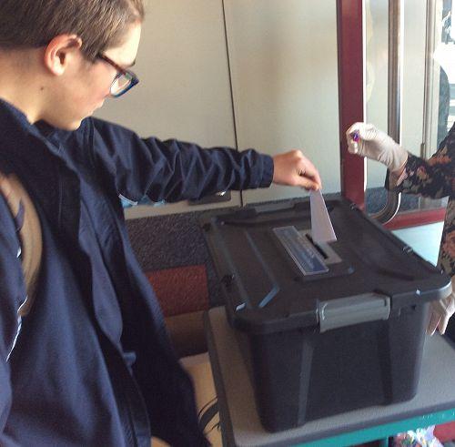 Oli casting his vote
